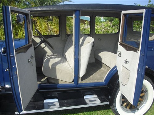 1929 Midnight Blue Durant 4 Door Interior
